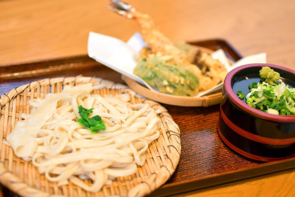 手打ちうどんふじえ 韮崎市 和食・うどん
