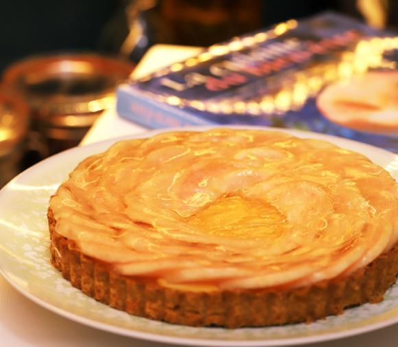 ククーカフェの桃のタルト