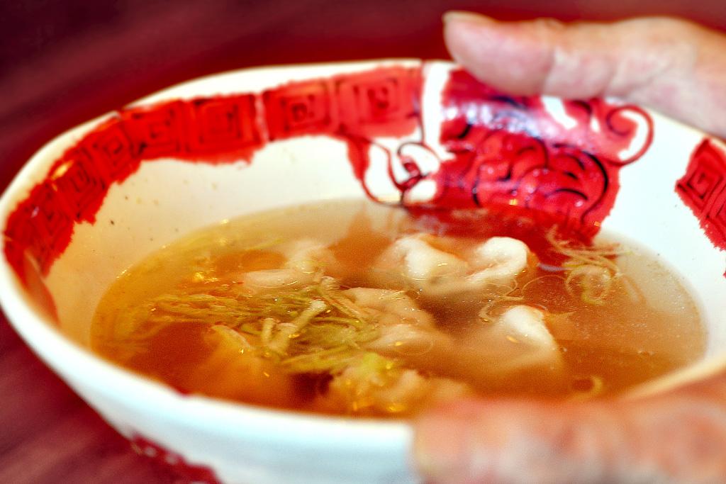 頂香(ディンカ)のスープ餃子
