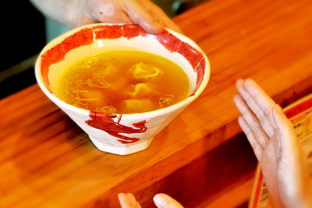 頂香(ディンカ)のスープ餃子2