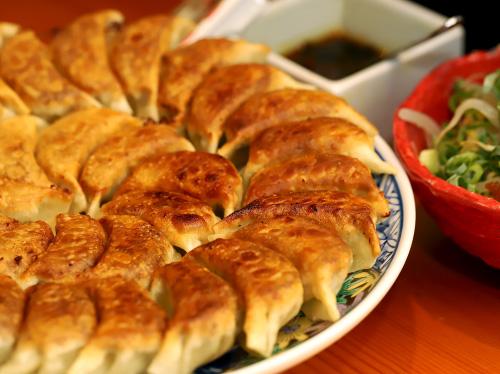 餃子 もも焼き 寅゛-甲府市 | 山梨の美味しい餃子10選