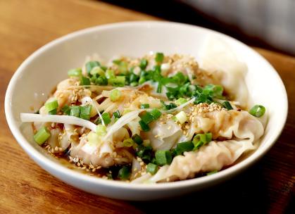 らうめん MENKUI(麺喰/メンクイ)のペロペロ餃子