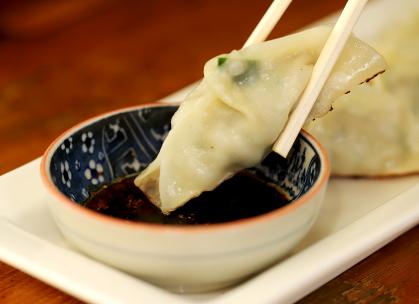 豊鮨の焼き餃子