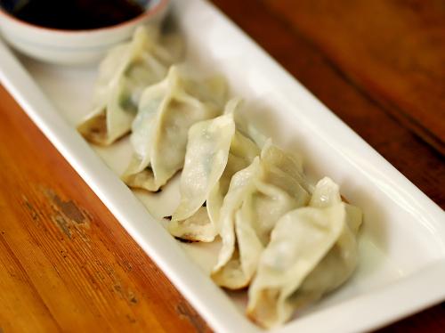 豊鮨-甲府市 | 山梨の美味しい餃子10選