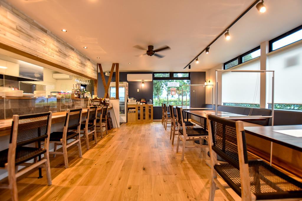 CAFÉ&BAL 終日KIRAKU 南アルプス市 カフェ・バー