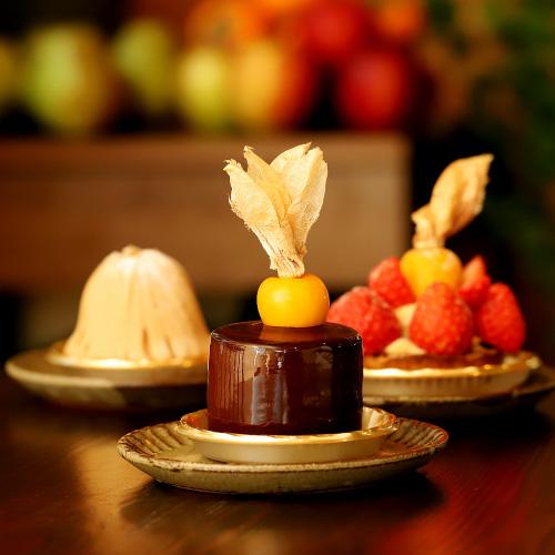 「Café Karfa(カフェカルファ)」のケーキをみる