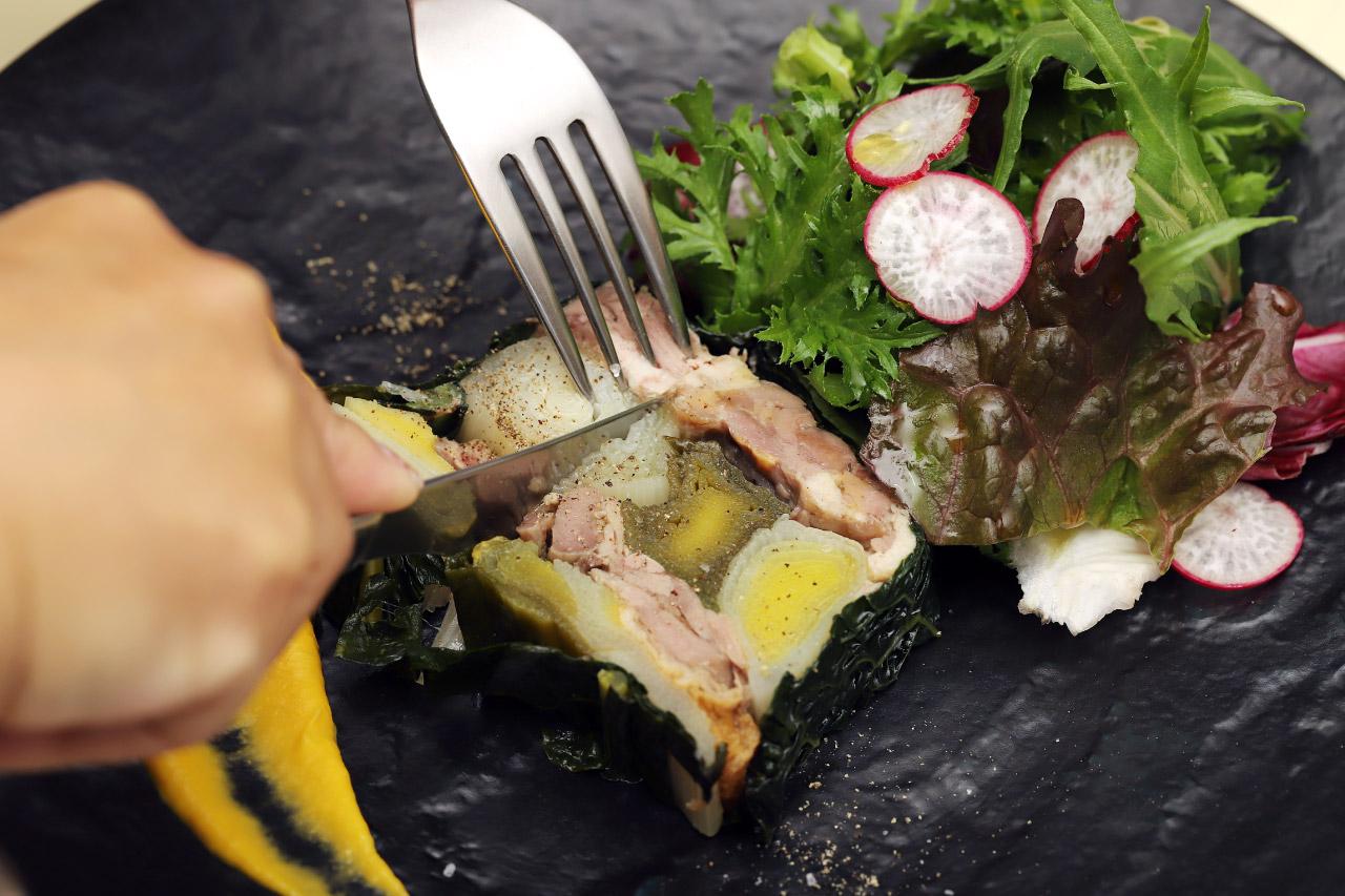 フランス産シャラン鴨とポロ葱のテリーヌ