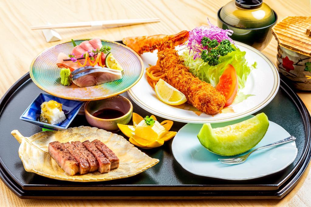 浜っ子よこまち 富士吉田市 和食・洋食