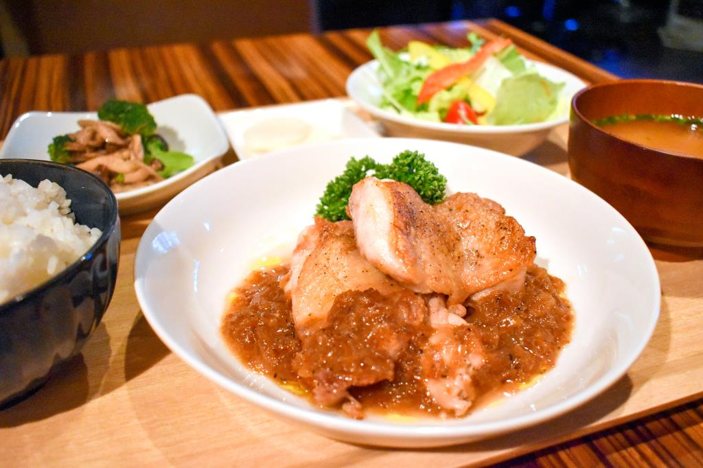 Kitchen&Cafe Fix 甲府 居酒屋