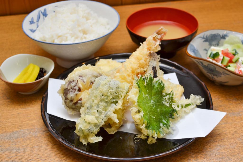 天ぷら・とんかつ みしな 笛吹市 和食