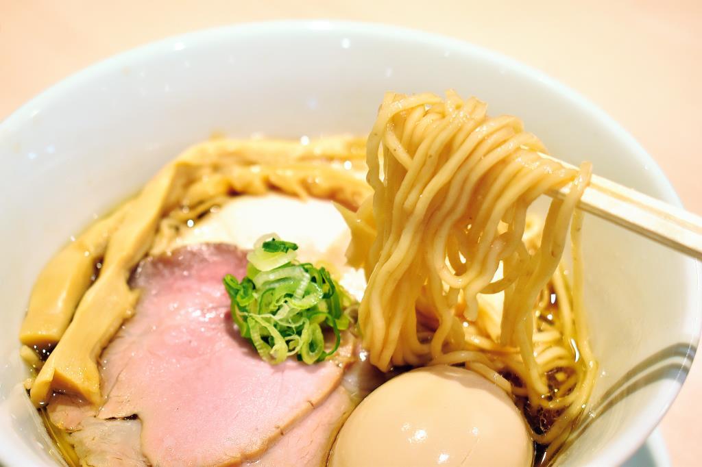 らぁ麺 かめ田が昭和町西条にオープン