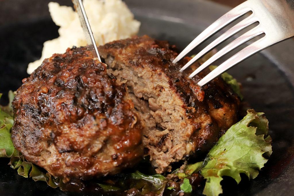 肉ビストロ KAGURAのハンバーグ3