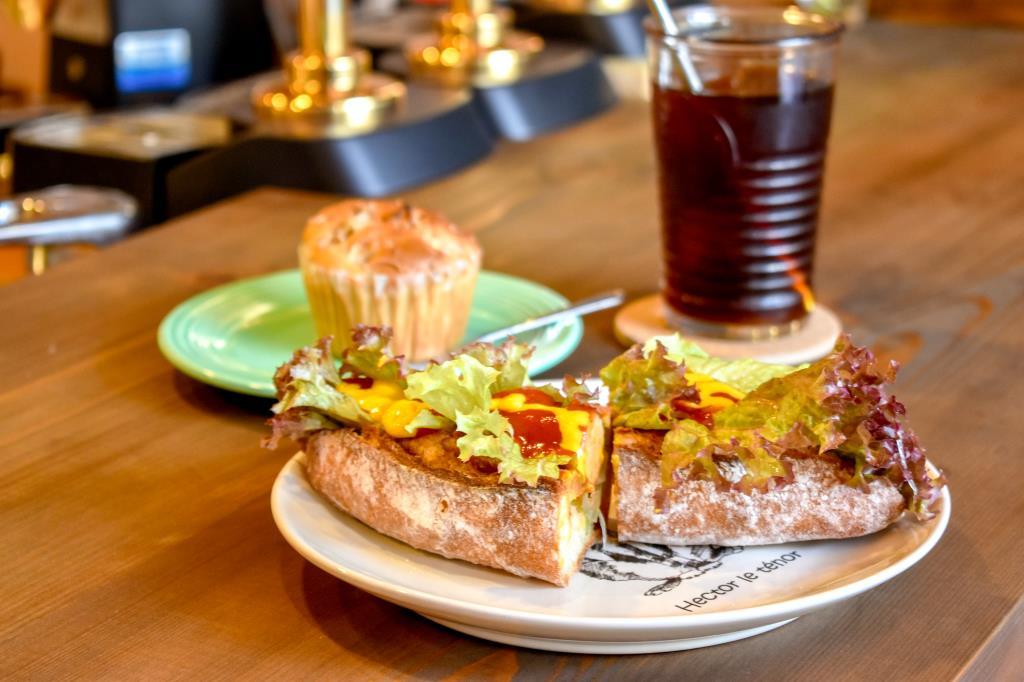 甲府 PORTLANDIA Cider Bar & Cafe