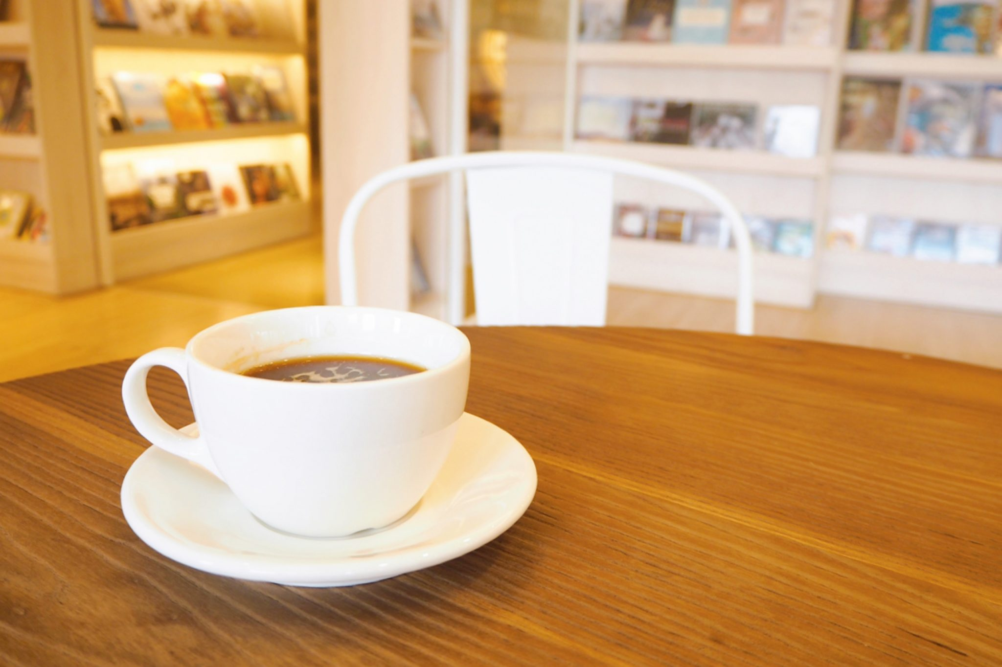 図書カフェ by白州山の水農場 写真2
