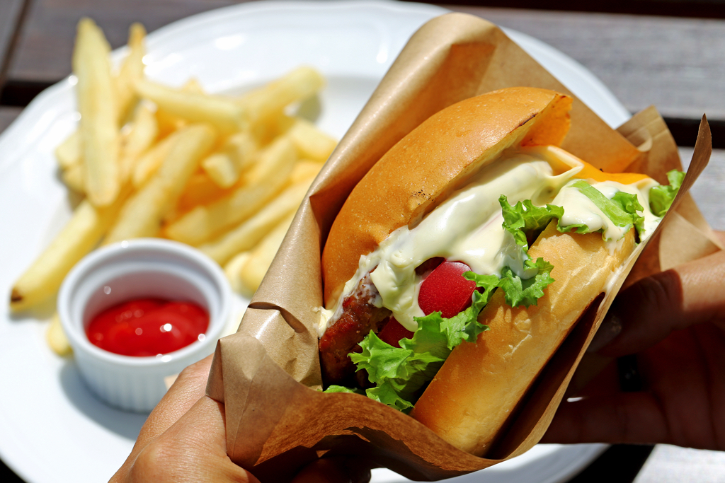 RESTAURANT&GALLERY SOLA(ソラ)のハンバーガー