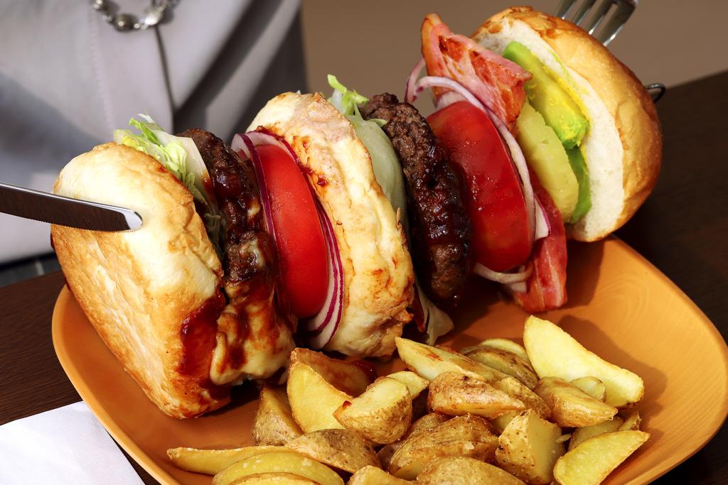 フルーツ王国ガイアたべterraceのハンバーガー