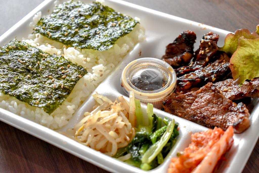 大漁丼家 石和店・焼き肉弁当雪月花3